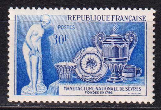 1957 Франция. 200 лет национальной фарфоровой промышленности [imp-14352_gt] 1